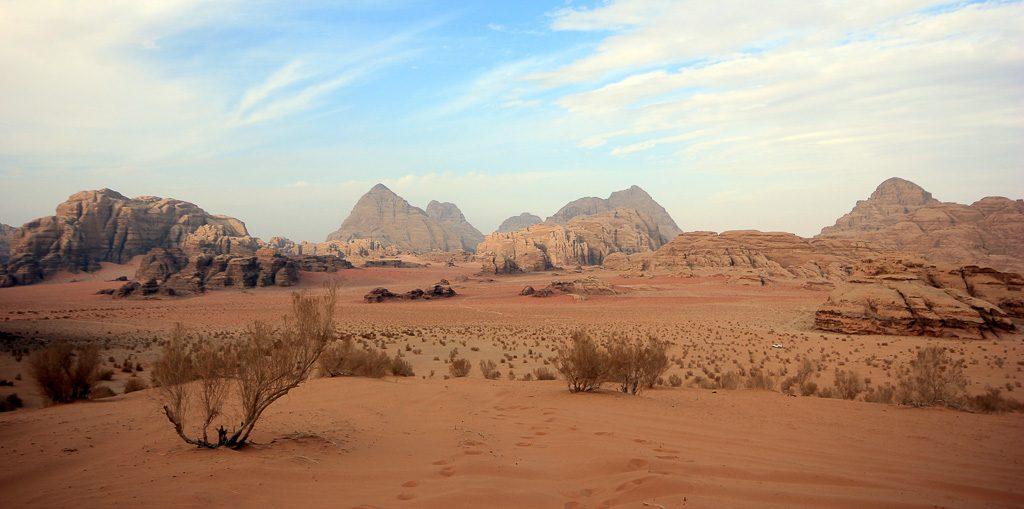 Read more about the article Une nuit chez les Bédouins du désert de Wadi Rum